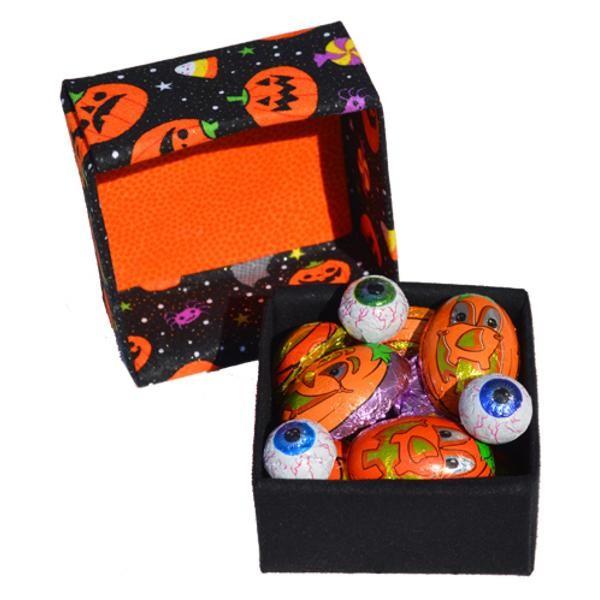 Representative Image of Boo! Halloween Treasure Box (FBX-AA001))